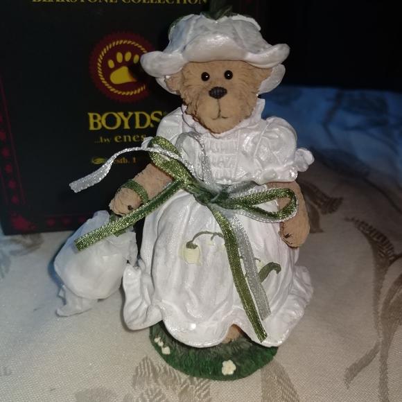 NEW! Boyds Bear Figure (May)
